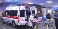 实拍急救现场手术过程 医疗纪实节目为何意外
